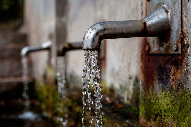 voda z kohoutků