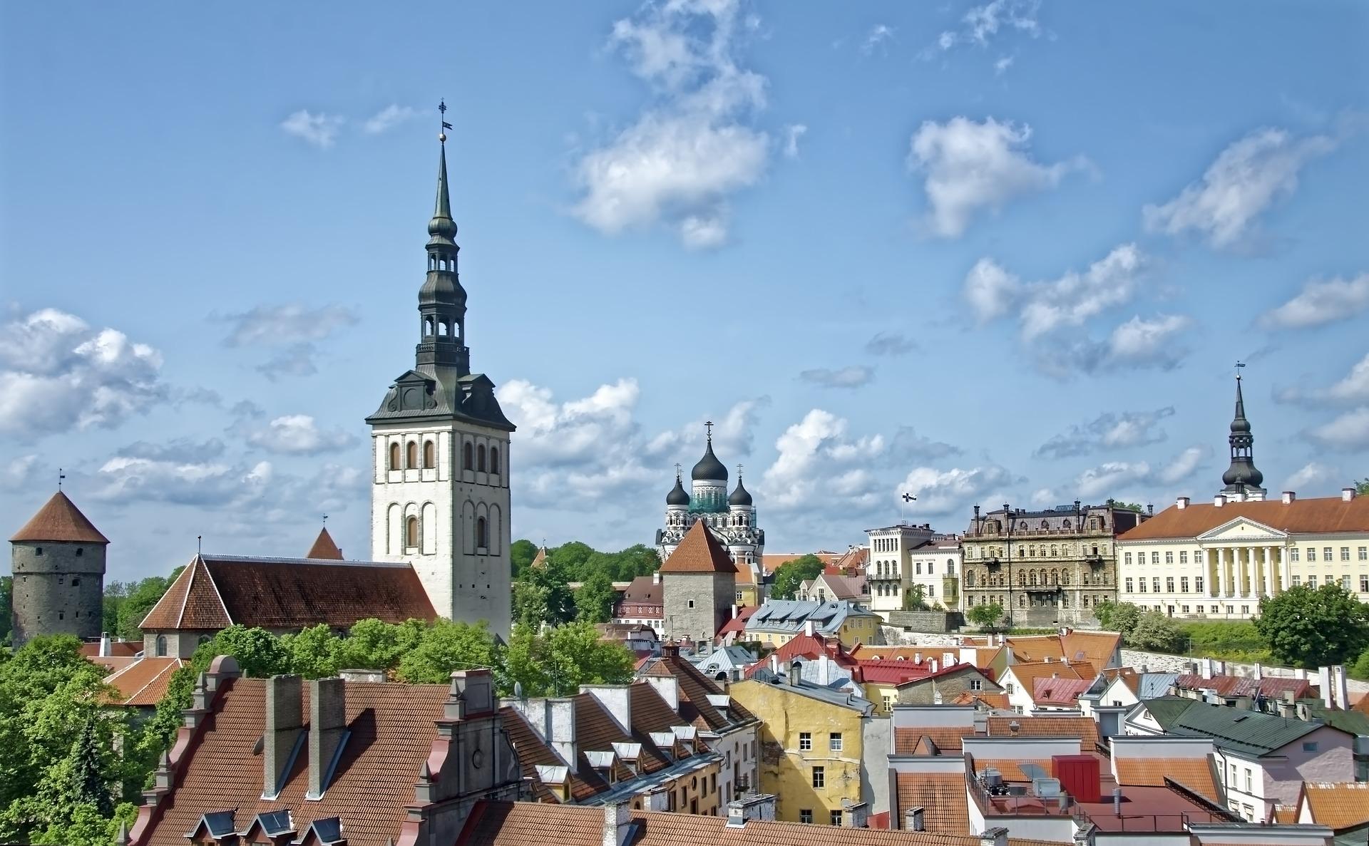 pixabay-estonia-tallinn-3737128_1920